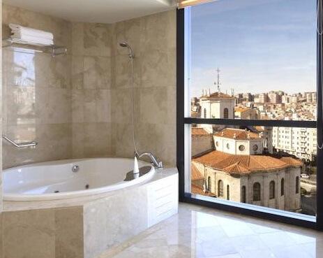 Hoteles con jacuzzi privado en la habitaci n en cantabria - Hoteles en cantabria con piscina ...