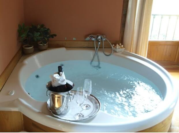 hotel con jacuzzi privado en cantabria