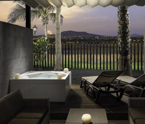 Hoteles con jacuzzi privado en la habitaci n en - Fuerteventura hoteles con encanto ...