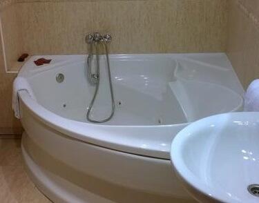 Hoteles con jacuzzi privado en la habitaci n en pontevedra for Hoteles con jacuzzi en la habitacion