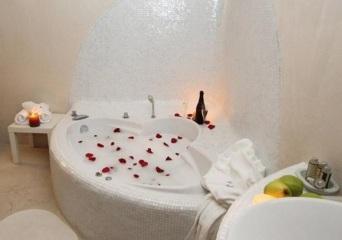 Hoteles con jacuzzi privado en la habitaci n en for Hoteles con piscina en guadalajara