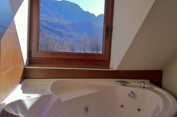 Hoteles con jacuzzi privado en la habitaci n en huesca - Hoteles en huesca con piscina ...