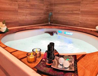 hotel con jacuzzi privado en zaragoza