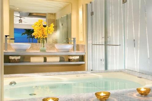 Hoteles con jacuzzi privado en la habitaci n en puerto for Hoteles con jacuzzi en la habitacion